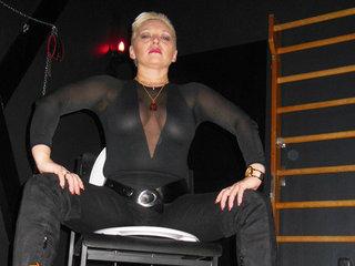 Domina Lady Irina (Duisburg)